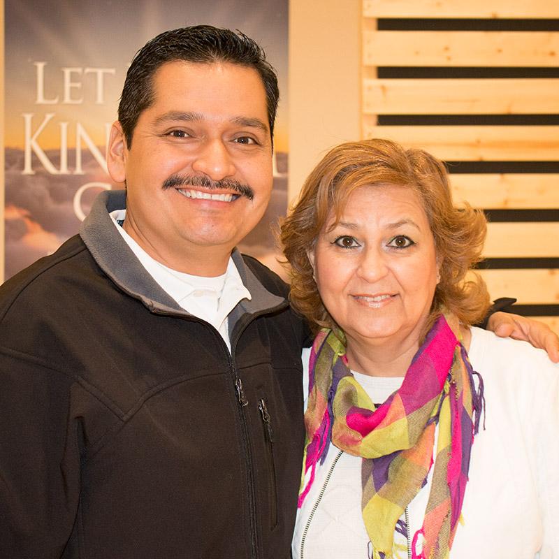 Cesar y Leticia Juarez